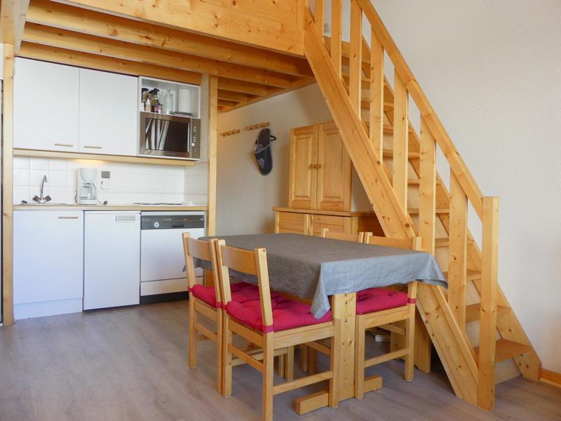 Location au ski Appartement 3 pièces cabine mezzanine 5 personnes (GEN013) - Residence Gentianes - Méribel-Mottaret