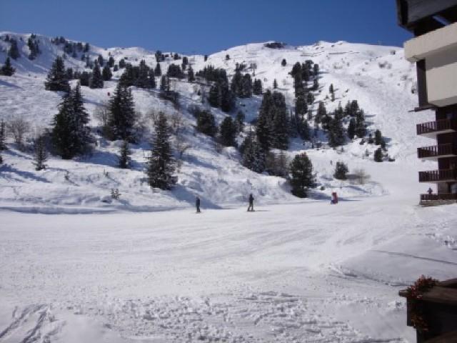 Location au ski Studio 4 personnes (04) - Residence Le Lac Blanc - Méribel-Mottaret