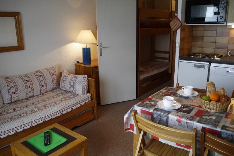 Location au ski Studio 4 personnes (01) - Residence Le Lac Blanc - Méribel-Mottaret - Séjour