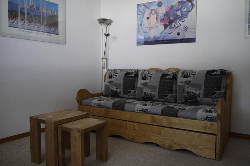 Location au ski Studio cabine 4 personnes (08) - Residence Les Cimes I - Méribel-Mottaret