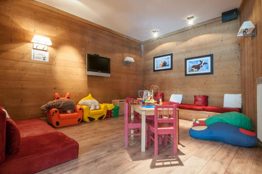 Location au ski Residence P&v Premium Les Crets - Mottaret - Jeux