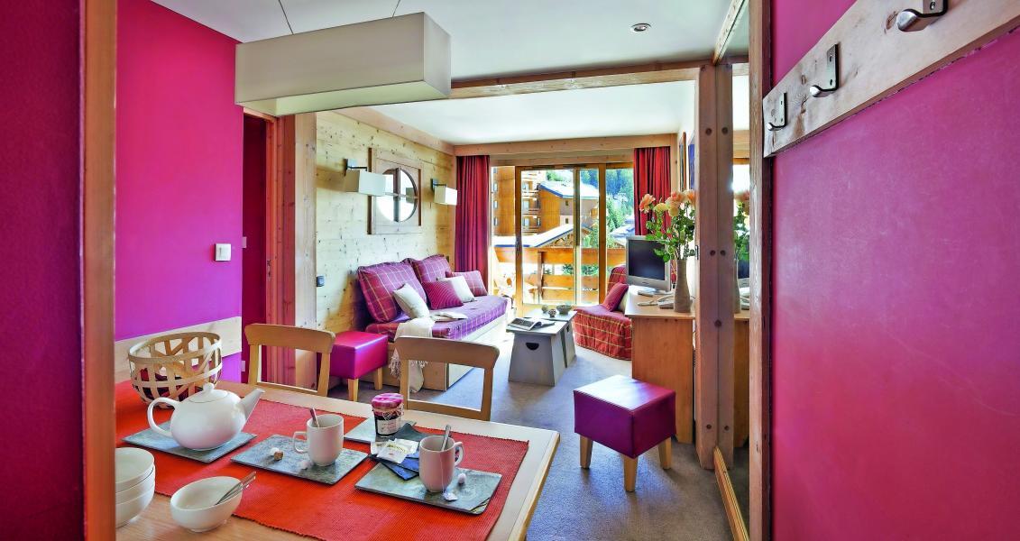 Location au ski Residence P&v Premium Les Crets - Méribel-Mottaret - Séjour