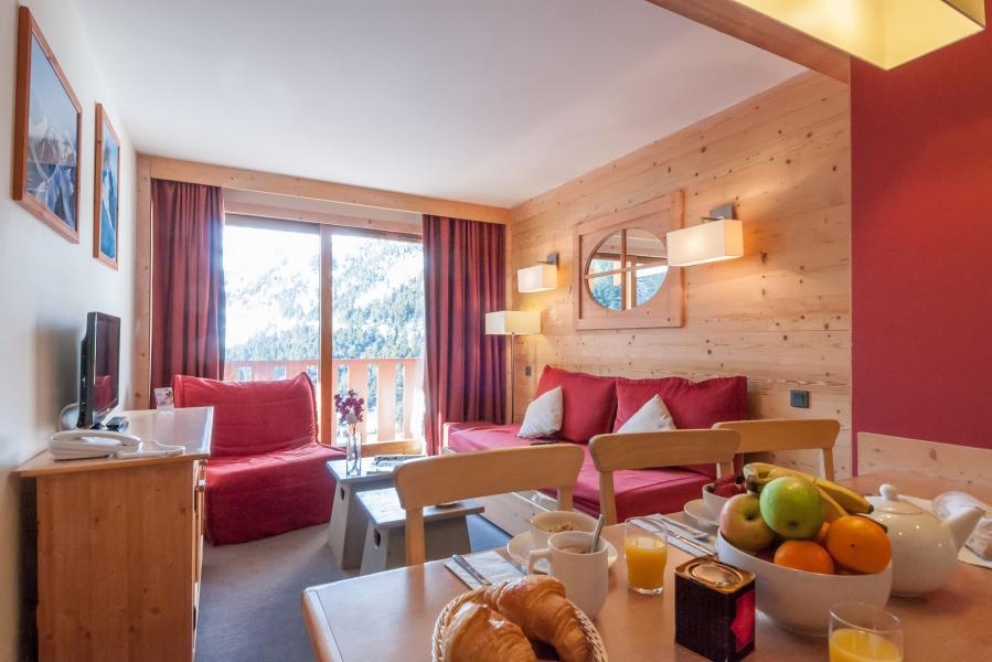 Location au ski Residence P&v Premium Les Crets - Mottaret - Séjour
