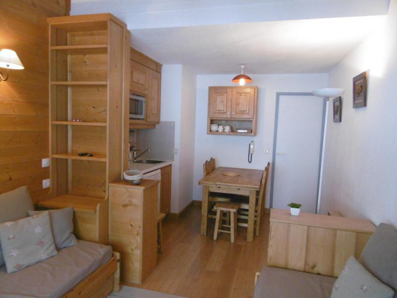 Location au ski Appartement 3 pièces cabine 6 personnes (450) - Residence Pralin - Méribel-Mottaret - Canapé-lit