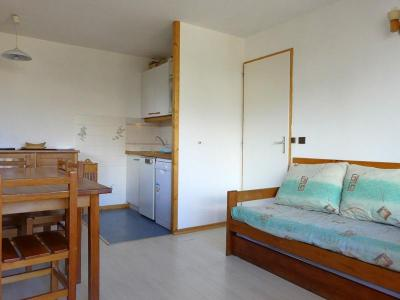 Location au ski Appartement 2 pièces 4 personnes (004) - Residence Gentianes - Mottaret - Coin repas