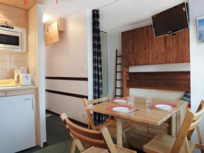 Location au ski Studio cabine 3 personnes (20) - Residence Grande Rosiere - Mottaret - Table