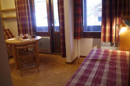 Location au ski Studio 3 personnes (019) - Residence La Grande Rosiere - Mottaret - Canapé
