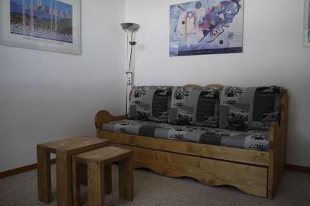 Location au ski Studio cabine 4 personnes (08) - Residence Les Cimes I - Mottaret