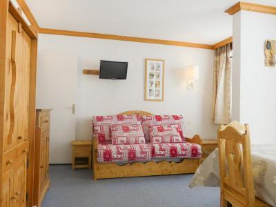 Location au ski Studio 3 personnes (600) - Residence Plein Soleil - Mottaret - Table