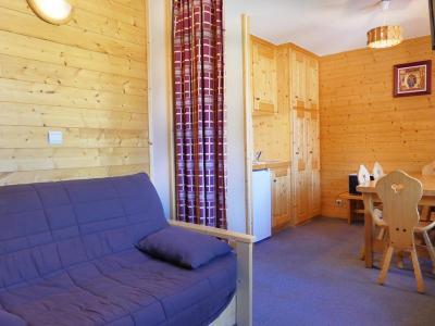 Location au ski Studio cabine 3 personnes (018) - Residence Roc De Tougne - Mottaret - Séjour