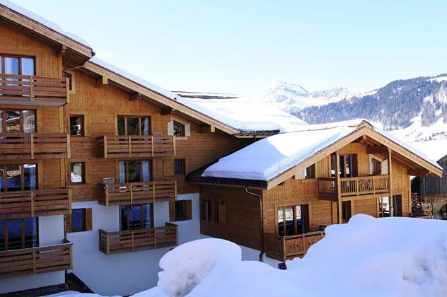 Accommodation with swmimming pool Residence Belles Roches