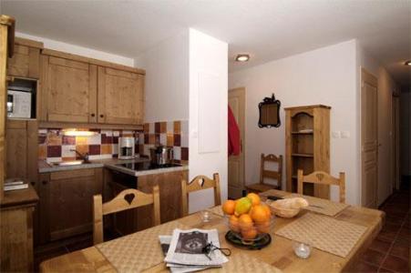 Location au ski Appartement 3 pièces 8 personnes - Residence  Rochebrune - Orcières 1850 - Coin repas