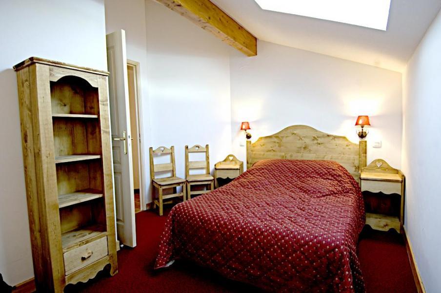Rent in ski resort La Résidence Rochebrune - Orcières Merlette 1850 - Bedroom