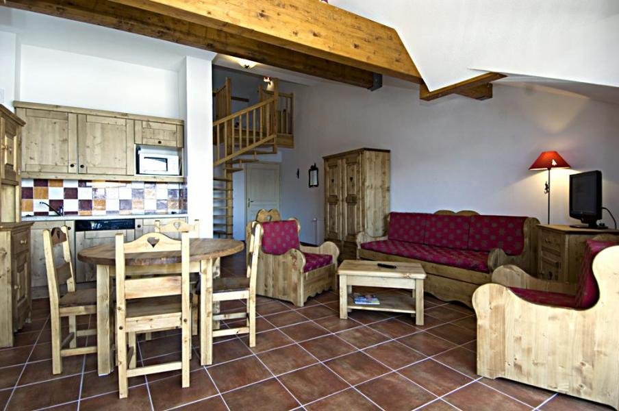 Rent in ski resort La Résidence Rochebrune - Orcières Merlette 1850 - Open-plan kitchen