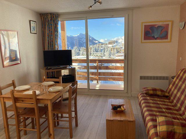 Rent in ski resort Studio sleeping corner 4 people (74B) - Résidence le Rond Point des Pistes II - Orcières Merlette 1850