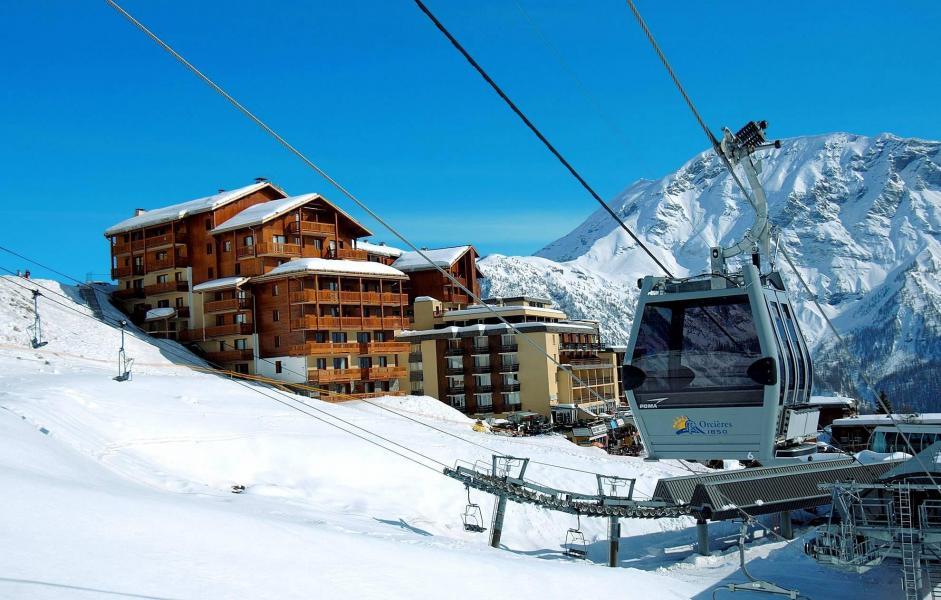 Vacances en montagne Résidence Terrasses de la Bergerie - Orcières Merlette 1850 - Extérieur hiver
