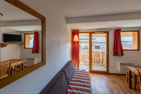 Rent in ski resort Résidence Etoile d'Orion - Orcières Merlette 1850 - Ladder