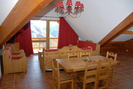 Location au ski Résidence les Terrasses de la Bergerie - Orcières Merlette 1850 - Table