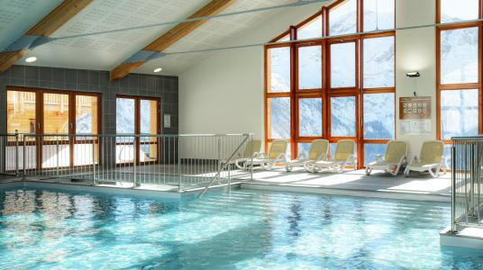 Location au ski Résidence Prestige Rochebrune Les Cimes - Orcières Merlette 1850 - Piscine