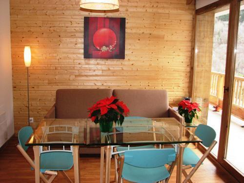 Location au ski Appartement 2 pièces 4 personnes - Le Hameau Des Eaux D'orelle - Orelle - Canapé