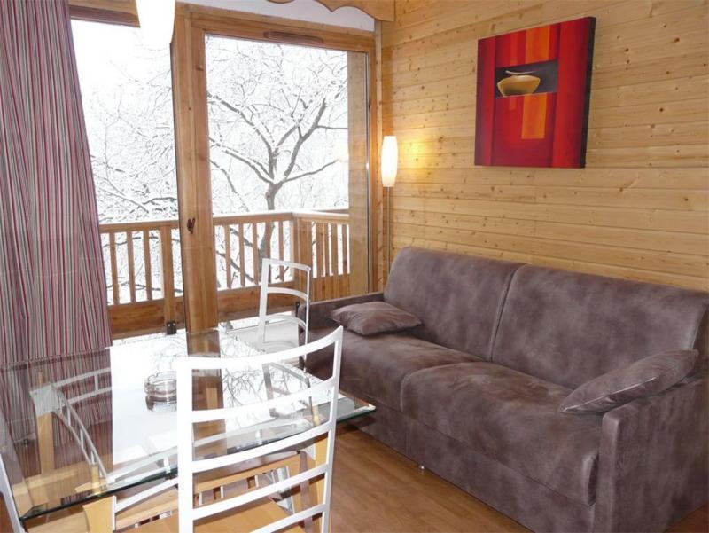 Location au ski Le Hameau Des Eaux D'orelle - Orelle - Canapé