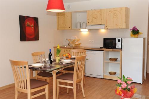 Ski verhuur Appartement 2 kamers bergnis 6 personen - Résidence Orelle 3 Vallées By Résid&Co - Orelle - Keukenblok