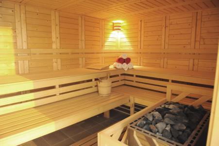 Rent in ski resort Le Hameau des Eaux d'Orelle - Orelle - Sauna