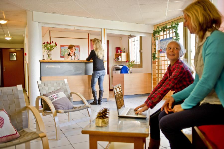 Location au ski Residence Couleurs Soleil - Oz en Oisans - Réception
