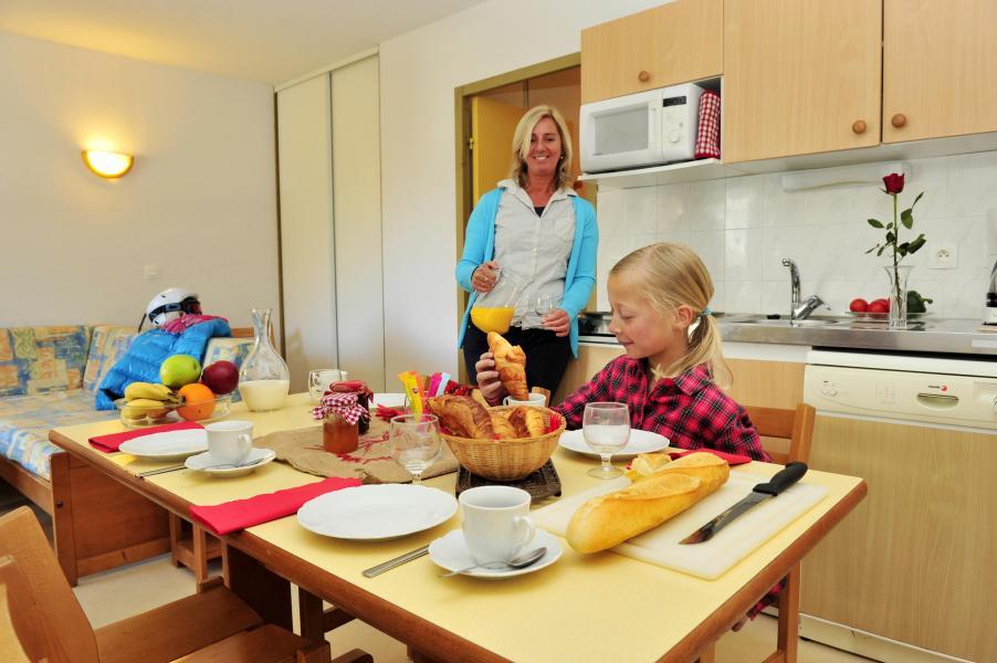 Location au ski Residence Couleurs Soleil - Oz en Oisans - Salle à manger