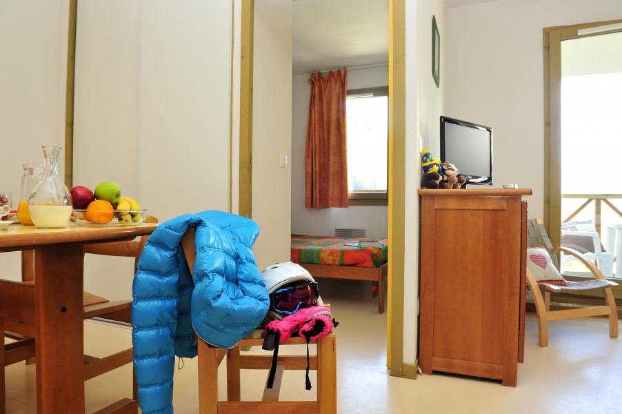 Rent in ski resort Résidence Couleurs Soleil - Oz en Oisans - Sleeping area