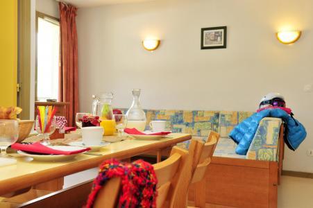 Location au ski Résidence Couleurs Soleil - Oz en Oisans - Banquette