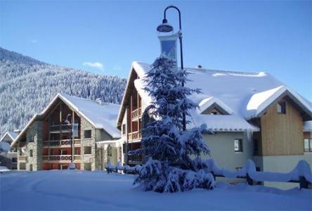 Location au ski Residence Couleurs Soleil - Oz en Oisans - Extérieur hiver