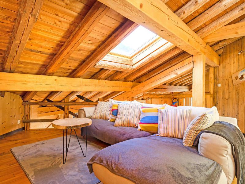 Rent in ski resort Chalet Balcon du Paradis - Peisey-Vallandry - Living area