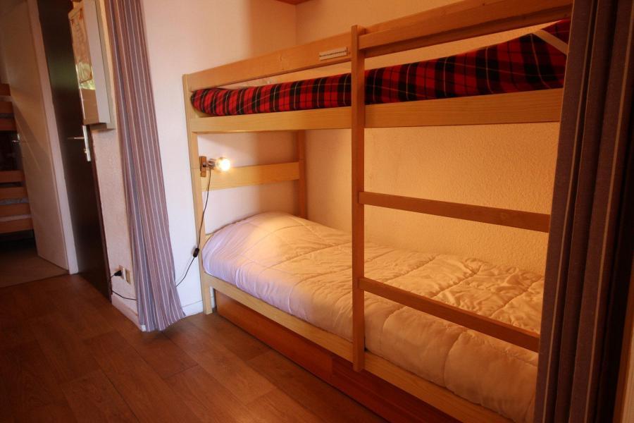 Location au ski Appartement 2 pièces cabine 6 personnes (14) - Chalet Emmanuelle Ii - Peisey-Vallandry - Coin nuit