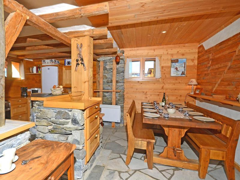 Rent in ski resort Chalet Pierra Menta - Peisey-Vallandry - Dining area