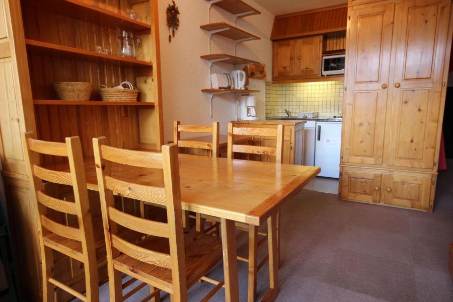 Location au ski Studio 4 personnes (03) - La Résidence le Parc - Peisey-Vallandry - Table