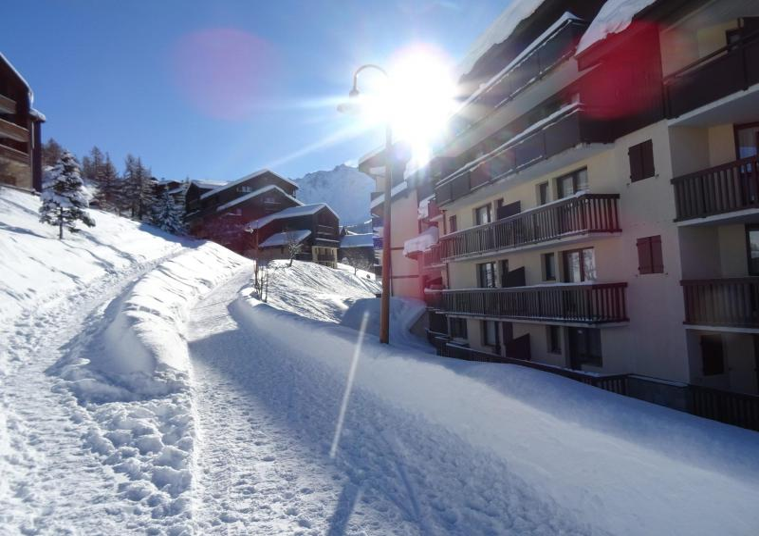 Vacances en montagne Résidence Grande Ourse - Peisey-Vallandry - Extérieur hiver