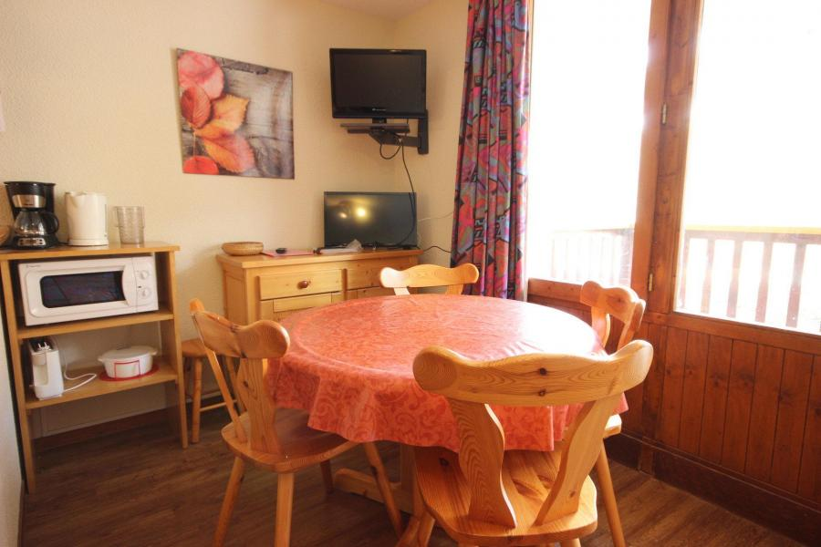 Location au ski Studio 4 personnes (022) - Residence Grande Ourse - Peisey-Vallandry - Séjour