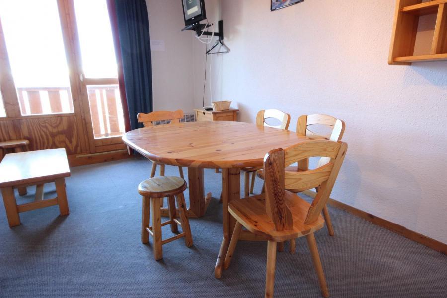 Location au ski Appartement 2 pièces coin montagne 7 personnes - Résidence Petite Ourse A - Peisey-Vallandry - Table