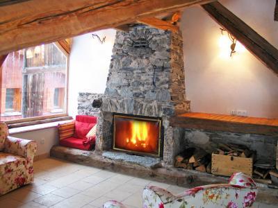 Location au ski Chalet Coeur du Paradis - Peisey-Vallandry - Cheminée