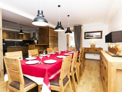 Rent in ski resort Chalet Esprit du Paradis - Peisey-Vallandry - Dining area