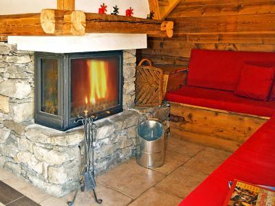 Location au ski Chalet Honoré - Peisey-Vallandry - Cheminée