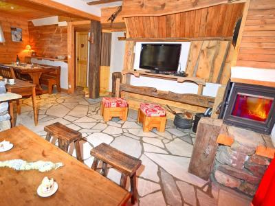 Location au ski Chalet Pierra Menta - Peisey-Vallandry - Cheminée