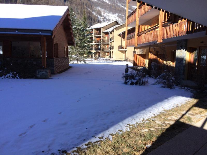 Location au ski Studio coin nuit 4 personnes (442) - La Résidence le Palatin - Pelvoux - Extérieur hiver