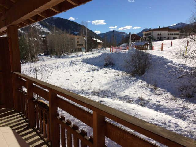 Rent in ski resort 2 room apartment sleeping corner 6 people (466) - La Résidence le Palatin - Pelvoux - Winter outside