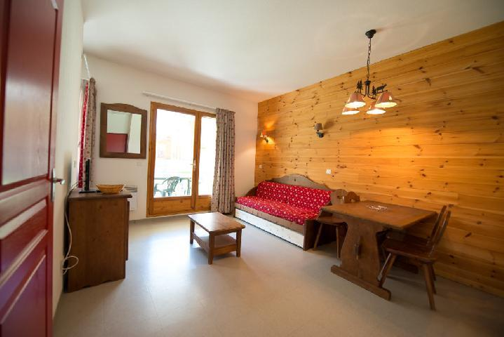 Rent in ski resort Studio sleeping corner 4 people (442) - La Résidence le Palatin - Pelvoux - Living room