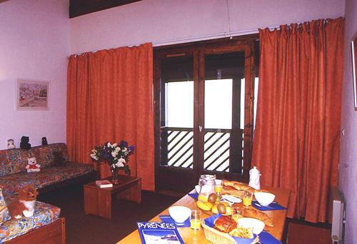 Location au ski Appartement 3 pièces 6 personnes - Residence Le Privilege - Peyragudes - Coin repas