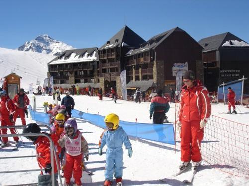 Location au ski Residence Le Privilege - Peyragudes - Extérieur hiver