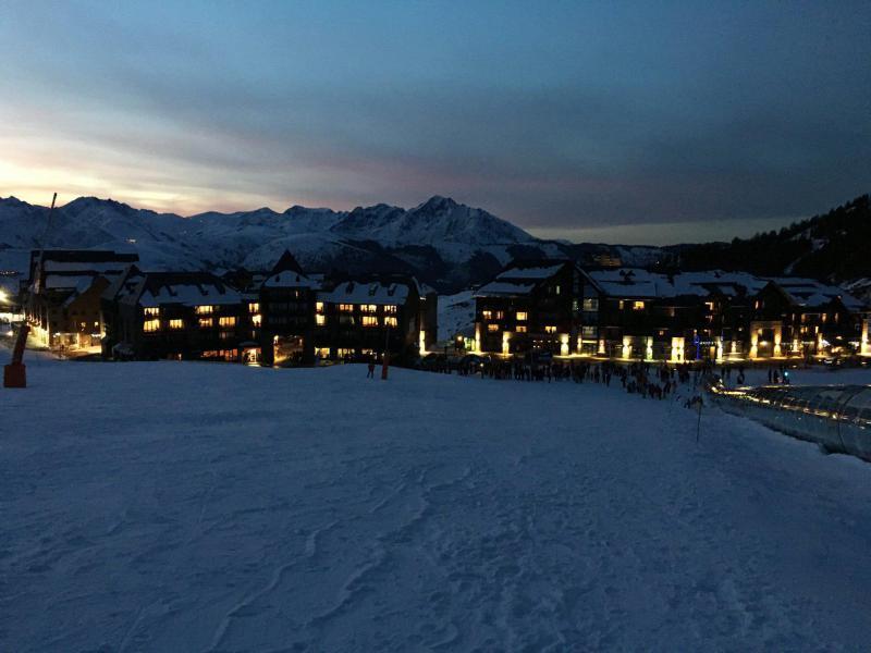 Soggiorno sugli sci Résidence le Sérias - Peyragudes - Esteriore inverno