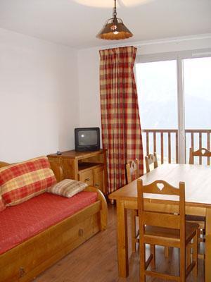 Location au ski Appartement 2 pièces cabine 6 personnes - Le Hameau De Balestas - Peyragudes - Porte-fenêtre donnant sur balcon